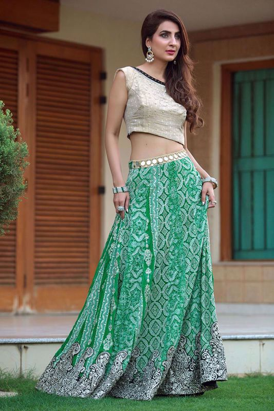 Picture of Embroidered green lehnga choli